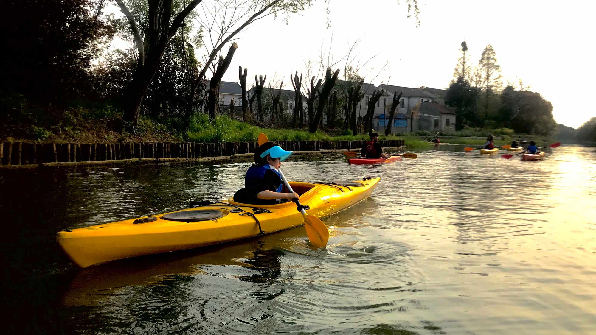 kayaking in nature, nature guide, green steps